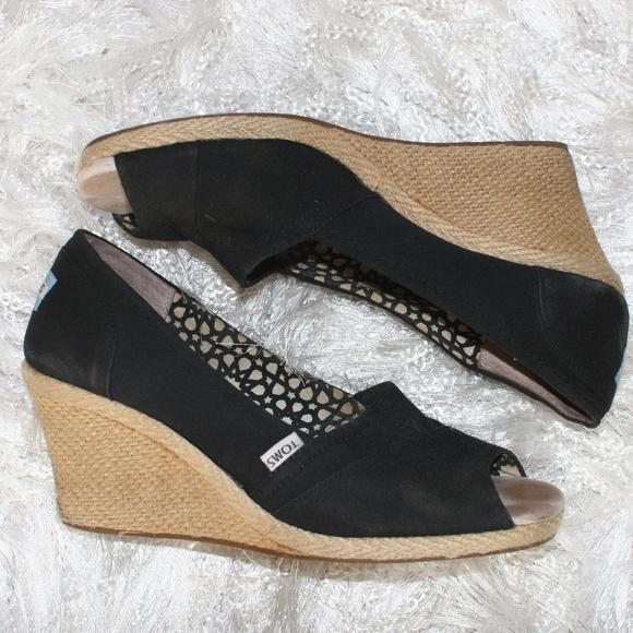 TOMS PLATFORM WEDGE High Heels Khaki Beige Peep Toe Shoes
